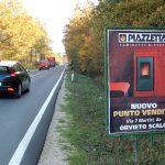 foto cartelloni pubblicitari lungo le strade regionali e provinciali del Lazio, Umbria e Toscana
