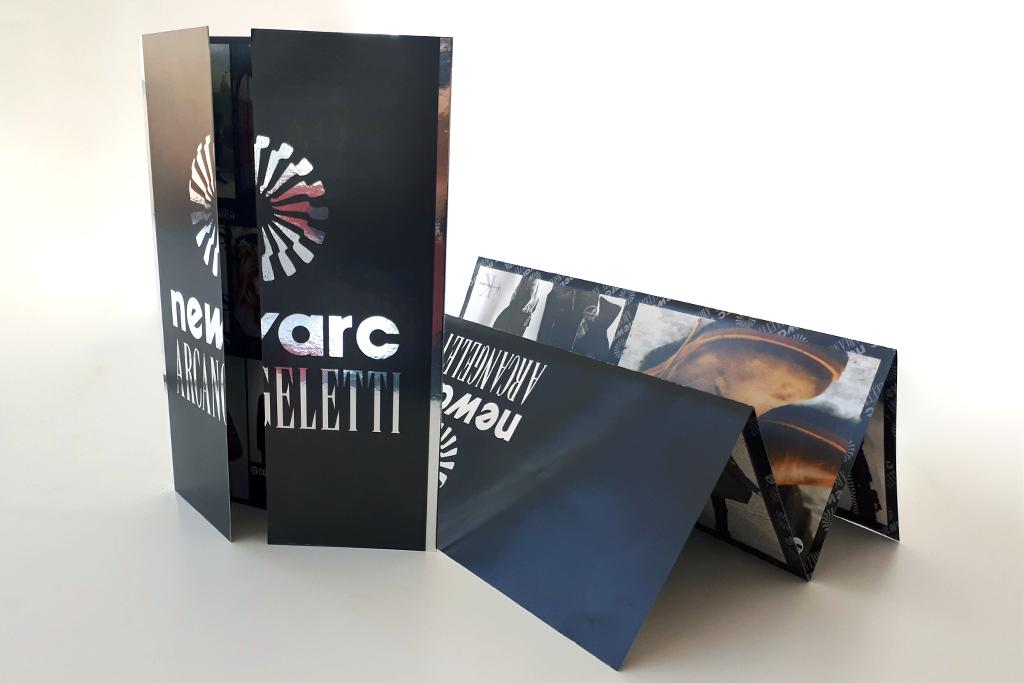 realizzazione grafica e stampa brochure pieghevole per cliente Newarc