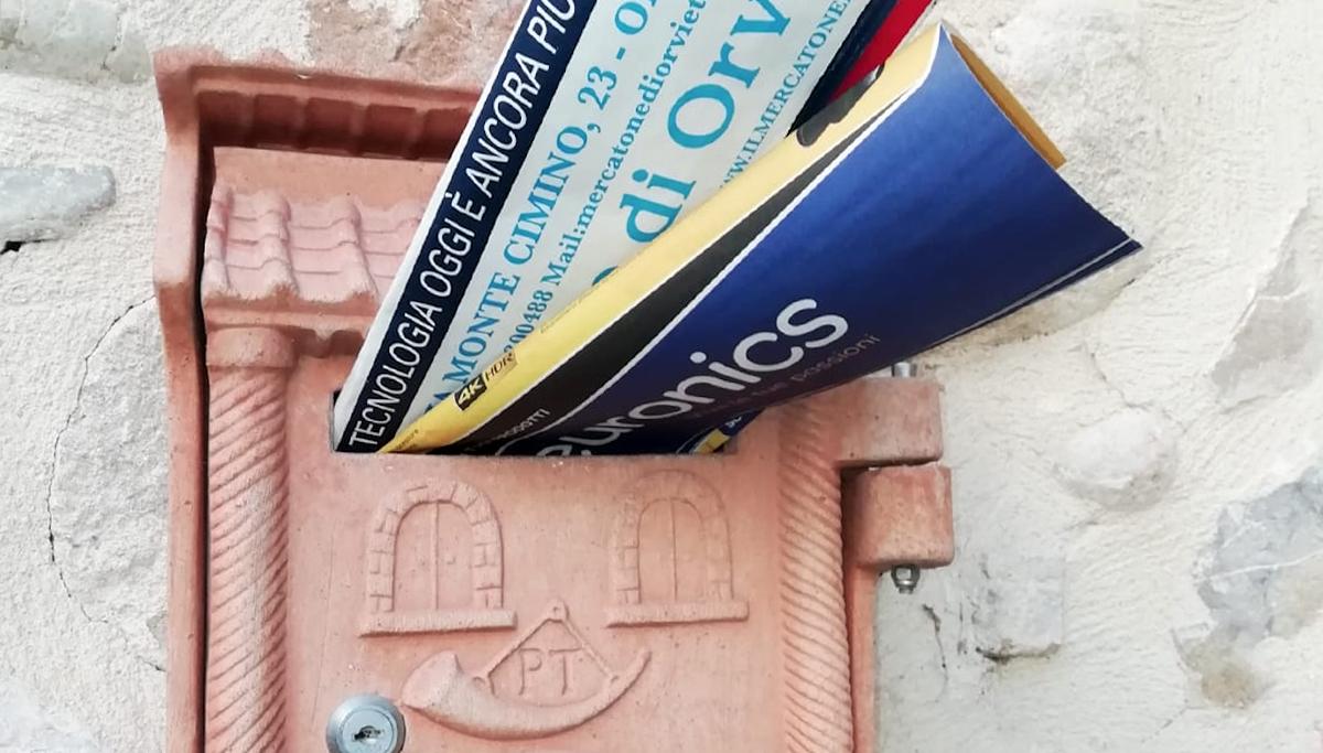 distribuizione voltantino porta a porta Umbria Lazio e Toscana